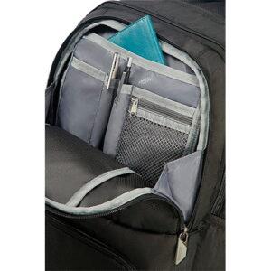 compartimento de la mochila urban groove de American tourister