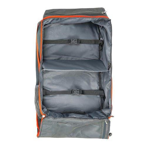interior de la mochila